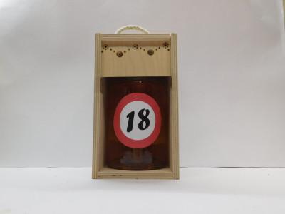 Darčekové balenie 0,7 l narodeniny 18 drevená krabica