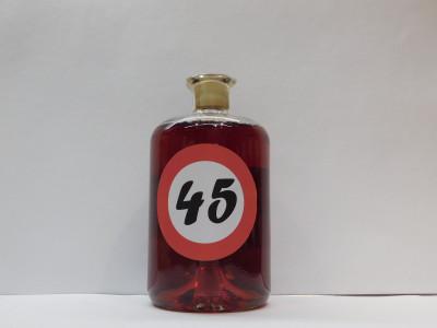 Ovocné víno 0,7l s etiketou rok 45