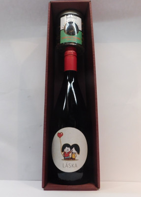 Royal ovocné víno 0,75l Valentín 1 + čaj ovocná bomba 100g