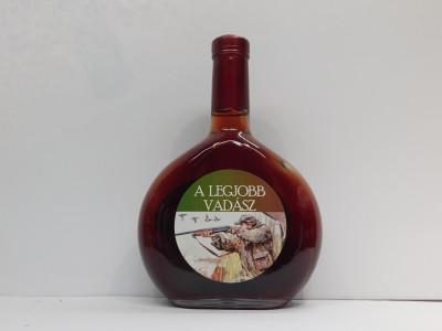 Royal ovocné víno 0,5 l Vadász