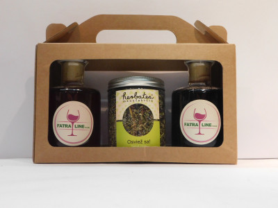 Firemné víno  2 x 0,2 l + sypaný čaj Osviež sa 70g + papierová krabica